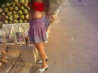 Sexy Indian Desi Girl Upskirt